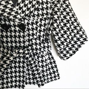 Marc Jacobs Jackets & Coats - Marc Jacobs crop sleeve houndstooth jacket